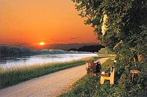 donau_sunsets_small.jpg
